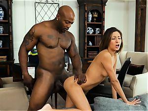 Jade Jantzen takes that big black cock testicles deep