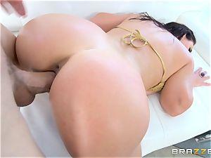 Angela white getting plumbed by Jessy Jones