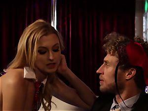 blond Dahlia Sn 1 with Alexa mercy
