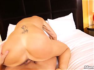 buxomy Russian GILF drizzles all over fuck-stick