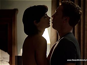 amazing Morena Baccarin looking wondrous nude on film