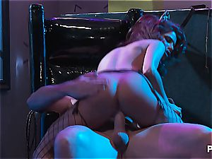 Alexa Nicole gives the hottest deep throat and group smash in Gotham