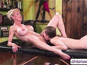 masseur Jill Kassidy rubdown Brandi love figure and licks her moist poon
