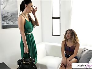 Jessica Jaymes and Liv Revamped bang a huge man-meat
