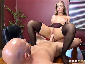 steamy chief Nicole Aniston taking a gigantic lollipop in the office