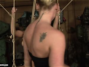 Kathia Nobili love pulverizing the steamy lady with fake penis