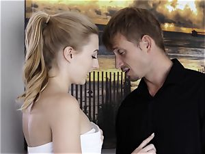 Whos pulverizing The baby sitter Part 5 - Alexa mercy